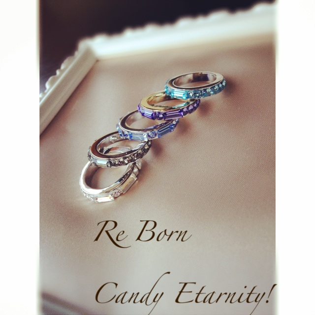 大人気の「Candy Etarnity Ring」